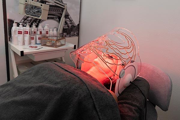 Bonnys Beauty - Huidverbetering - Anti-ageing LED therapie